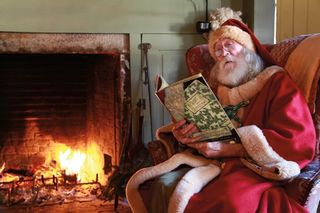 NM-Father-Christmas-Reading-Book